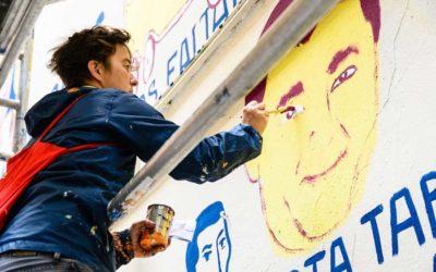 Koalition gegen Verschwindenlassen und Galerie Neurotitan gedenken Opfern von Verschwindenlassen mit Wandbild